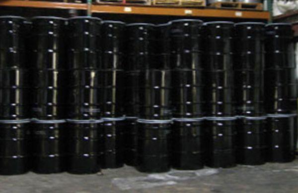 Closed head steel drums.